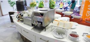 máy nướng bánh mỳ sacona